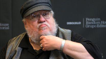 """George R.R. Martin waarschuwt voor verschillen tussen de 'Game Of Thrones'-serie en zijn boeken: """"Ik wou dat ik ze eerder had afgewerkt"""""""