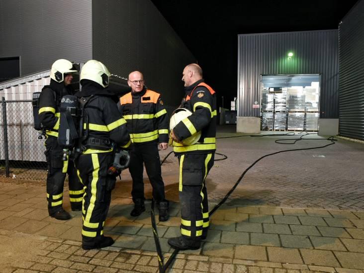 Twee keer in paar uur brand bij aanmaakblokjesfabriek in Oisterwijk, magazijn moet leeg op last van brandweer