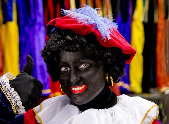 Zwarte Piet is nog wel welkom bij de intocht in Capelle