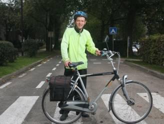 """Frank Deboosere trapt Week tegen Kanker af in UZ Leuven: """"Lintjes uitdelen kan niet door corona"""""""