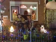 Kersthuis van Dennis is populaire plek om clips op te nemen