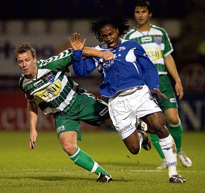 Ivo Rossen (links) stapte in 2005 over van Go Ahead Eagles naar FC Zwolle.