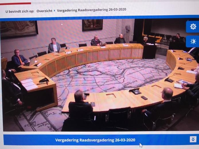 De gemeenteraadsvergadering van Zaltbommel was donderdagavond alleen via internet te volgen.