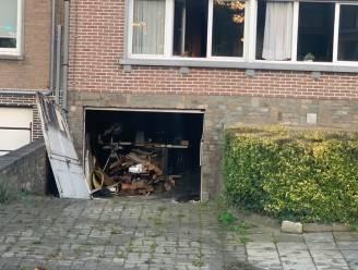 Rookschade na brand in garage onder woning