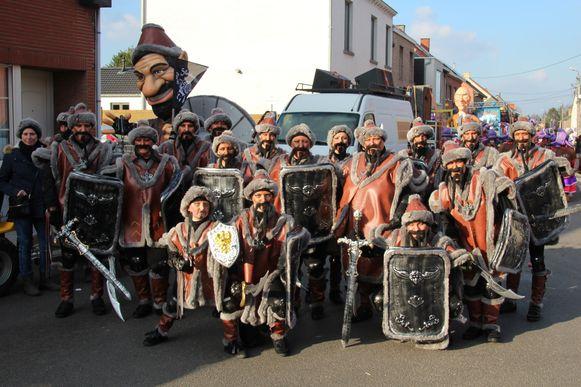De Slekketisjen trokken begin 2018 als Hunnen door de straten van Lede.
