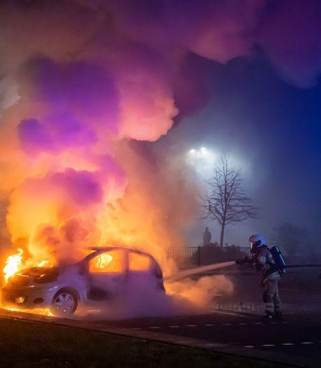 Fröhlich boos over branden in Viaanse wijk: 'Het zegt iets over een aantal mensen dat daar woont'