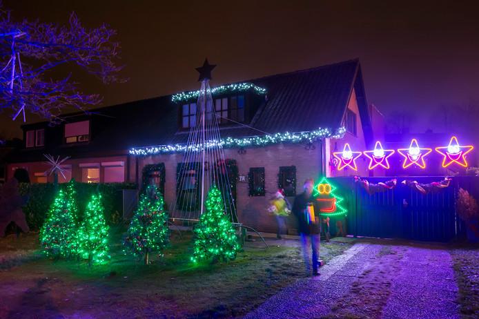 Kerstshow in de Oranjeboomstraat in Breda.