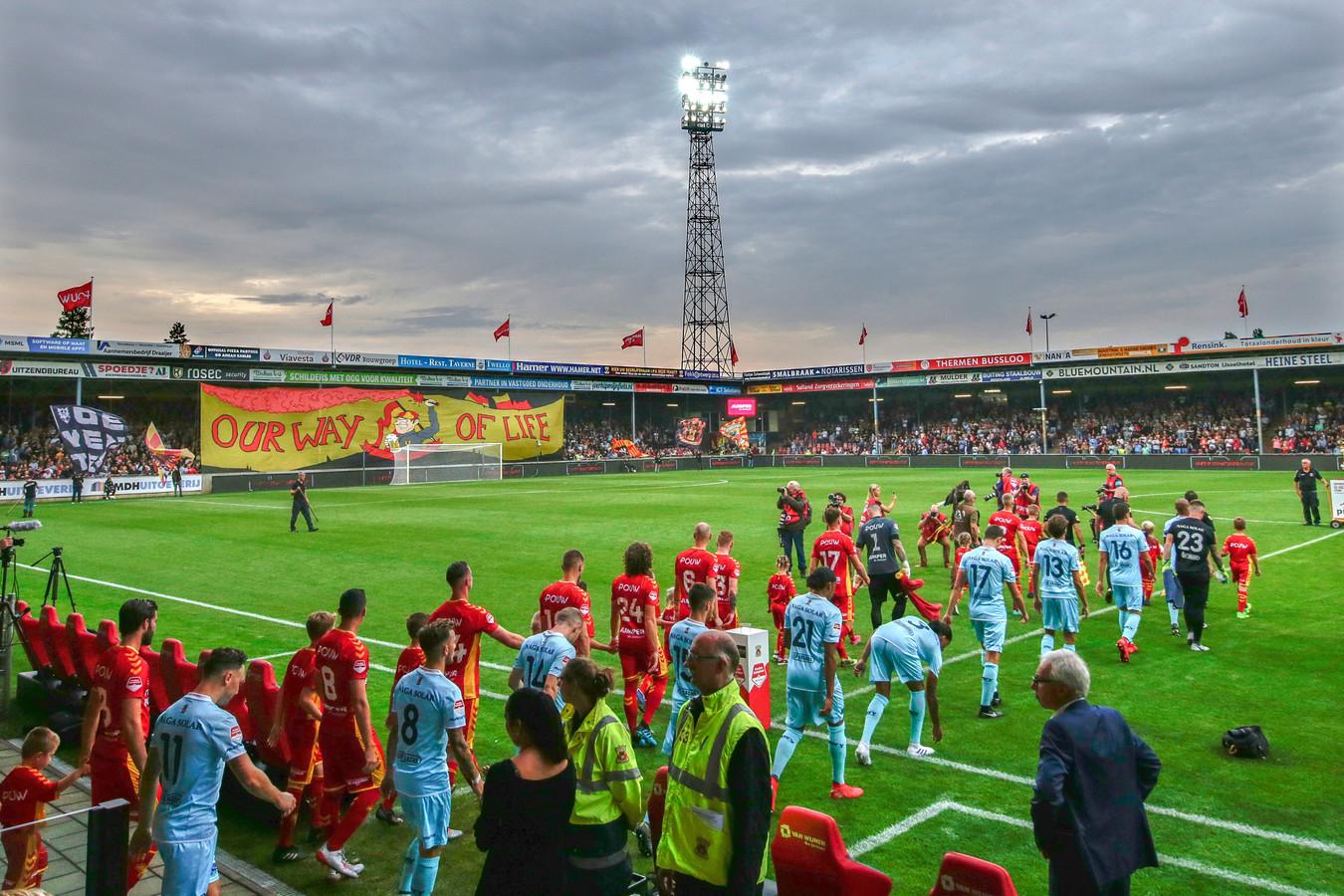 Go Ahead Eagles begon dit seizoen met een thuiswedstrijd tegen MVV. De uitbeurt is verplaatst van de vrijdag naar zondag 16 februari.