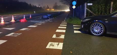 Scooterrijder gewond na aanrijding op kruising in Deurningen