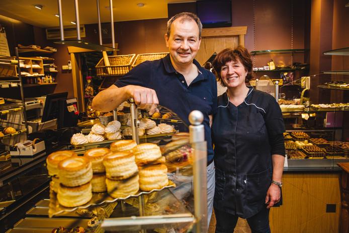 Janique en Nancy trekken na zestig jaar noodgedwongen de stekker uit bakkerij Vandenbouheden aan het station.