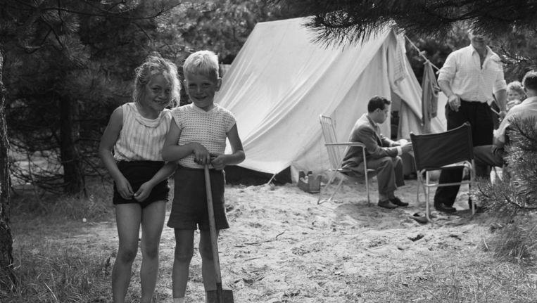 Camping Bakkum bij Castricum, hier in 1958, is al decennia populair. Beeld Maria Austria