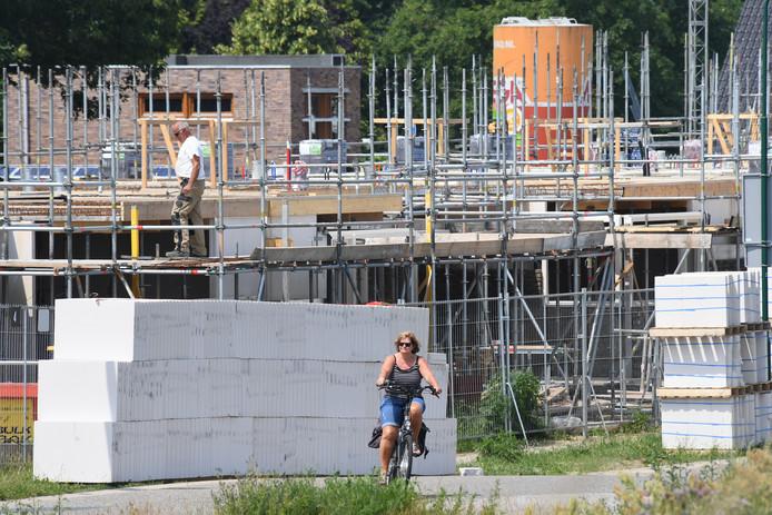 Nieuwbouw in Cuijk aan de Maasboulevard.