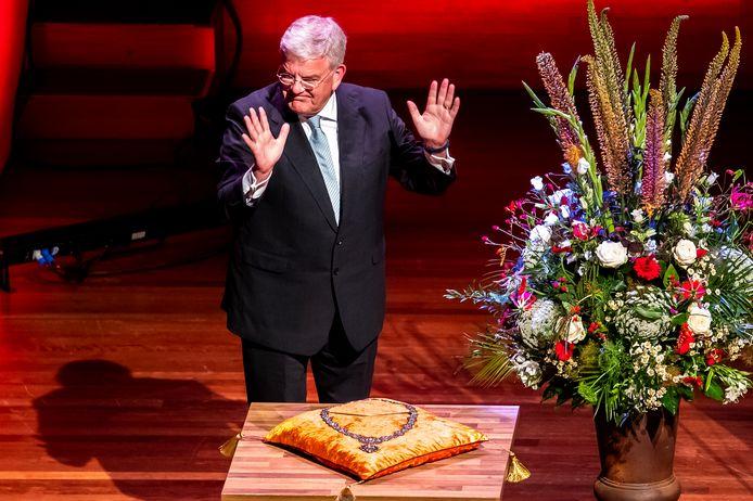 Ex-burgemeester van Utrecht Jan van Zanen bij zijn afscheid tijdens een speciale raadsvergadering in Tivoli Vredenburg.