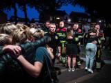 Hartverwarmend: Oss knuffelt brandweerlieden op rampplek