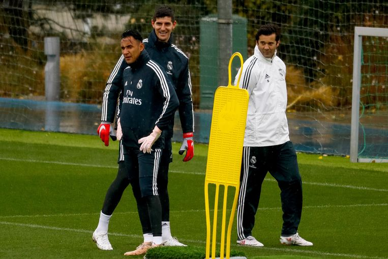 Solari op de training van Real Madrid met Courtois en Keylor.