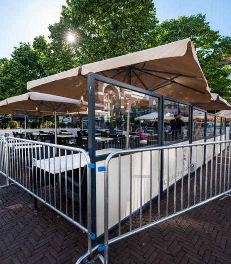 Extra terrassen op tijdelijke plekken in Apeldoorn, spanning rond heropening horeca