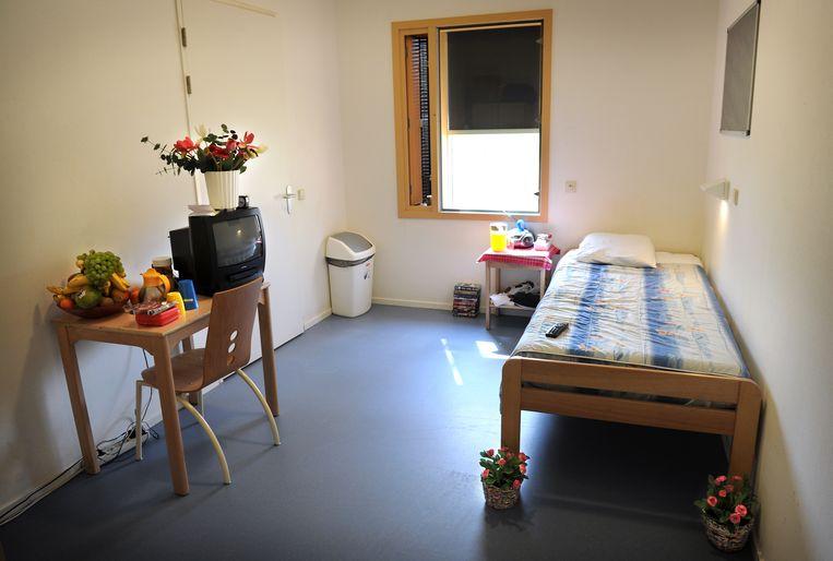Een kamer bij de ggz-instelling Parnassia. Beeld Marcel van den Bergh / de Volkskrant