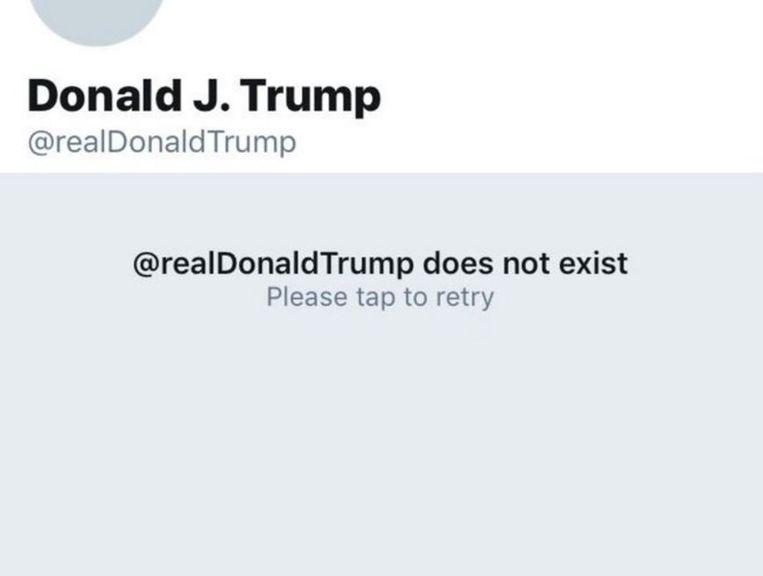 De Twitterpagina van Donald Trump was eventjes verdwenen.