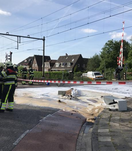 Trein botst tegen vrachtwagen in Boxtel, treinverkeer weer op gang