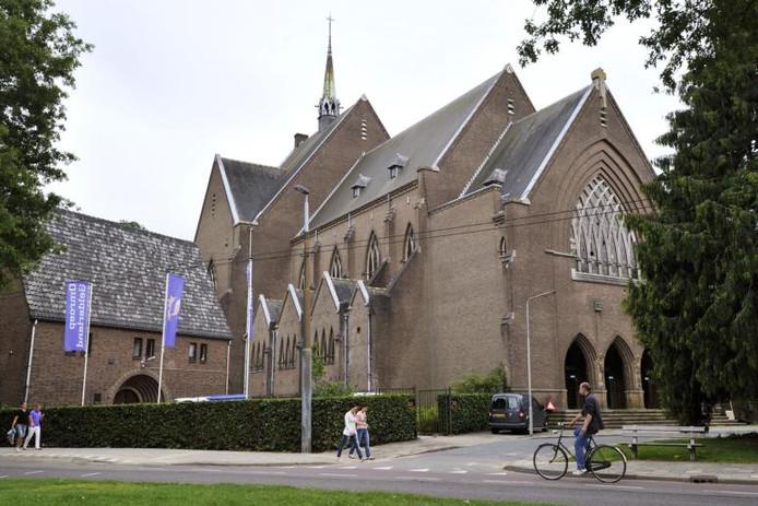 De Sint Josephkerk aan de Rosendaalseweg in Arnhem.