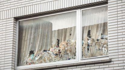 Bewoner 'vuilste huis van Sint-Amandsberg' krijgt zeven dagen om zijn onbewoonbaar pand op te kuisen