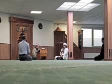 Speciaal gebed in moskee voor betrokkenen spoorwegongeluk