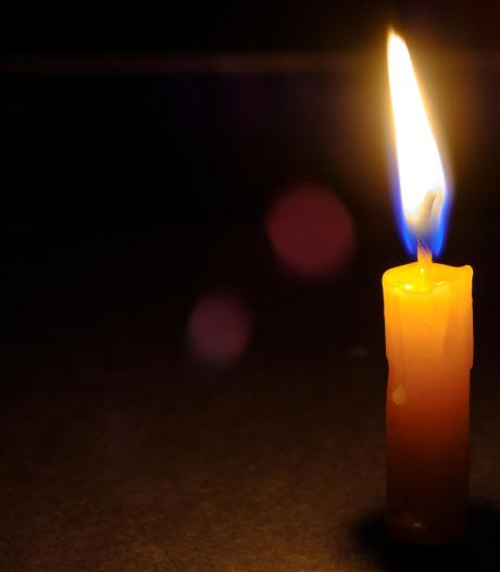 Drie weken geleden mocht het niet, maar op zaterdag branden toch kaarsjes in Grote Kerk van Almelo