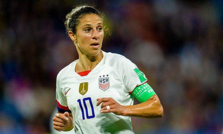 Carli Lloyd van de Verenigde Staten in de wedstrijd tegen Zweden.  Beeld EPA
