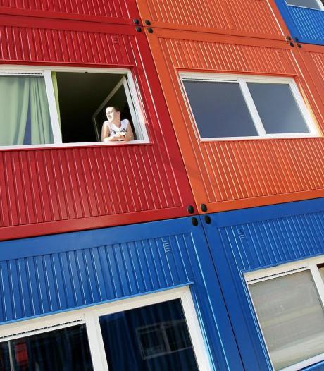 Woningnood Oost-Nederland drijft jongeren naar containers en vakantieparken