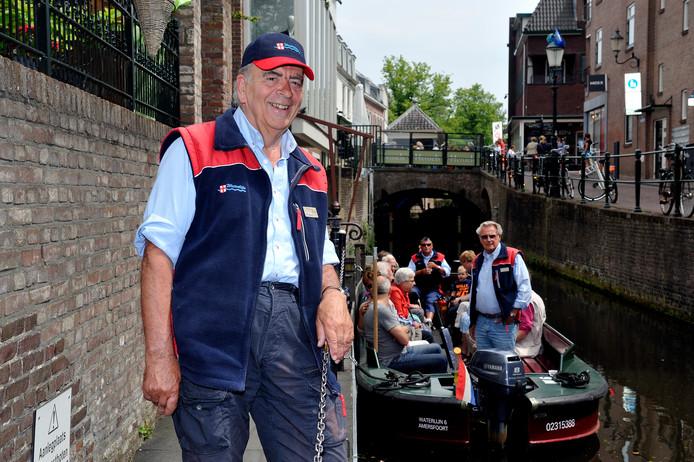 Han Gerlings stond aan de wieg van de Waterlijn, de rondvaartboten in de Amersfoortse grachten. Hij is daarmee een lichtend voorbeeld van de 'zilveren kracht'.