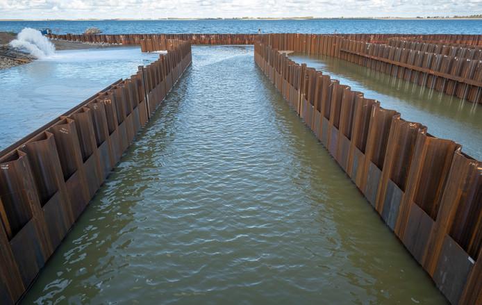 De bouwput van het testcentrum voor getijdenenergie staat weer vol water