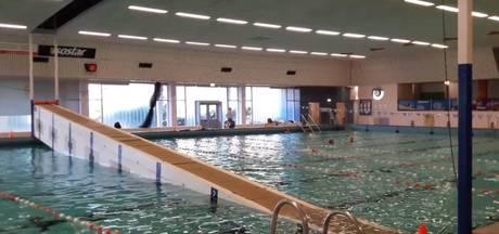 Zwemmers moeten baantjes van 25 meter trekken