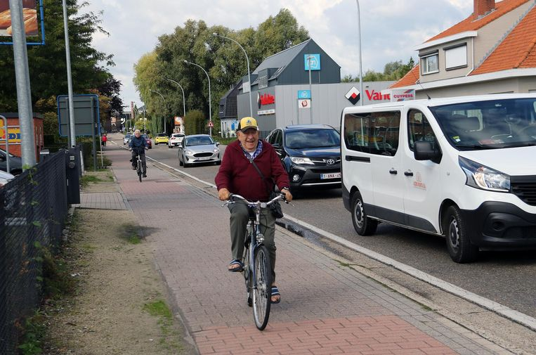 Het fietspad aan de gevaarlijke Molderdijk.