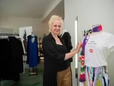 """Elke opent plussize kledingwinkel Jacki Collet: """"Ik herkende mezelf niet in het doorsnee aanbod, dus ontwierp ik het zelf"""""""