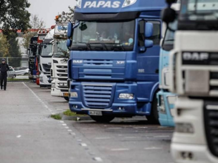 Ruziemakende trucker bij Hazeldonk pas na gebruik pepperspray met vier agenten afgevoerd