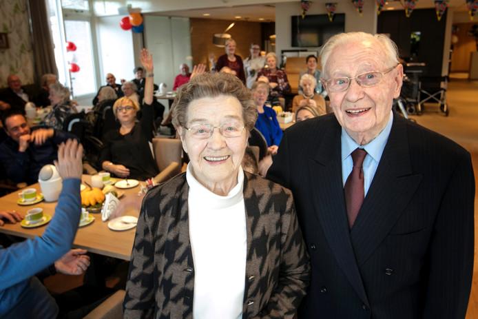Jo (85) en Henk de Heus (89) uit Haaften waren dinsdag zestig jaar getrouwd.