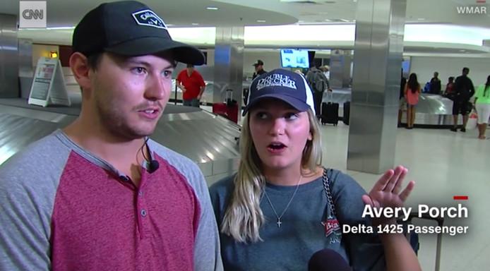 Passagiers in gesprek met CNN na hun vlucht.