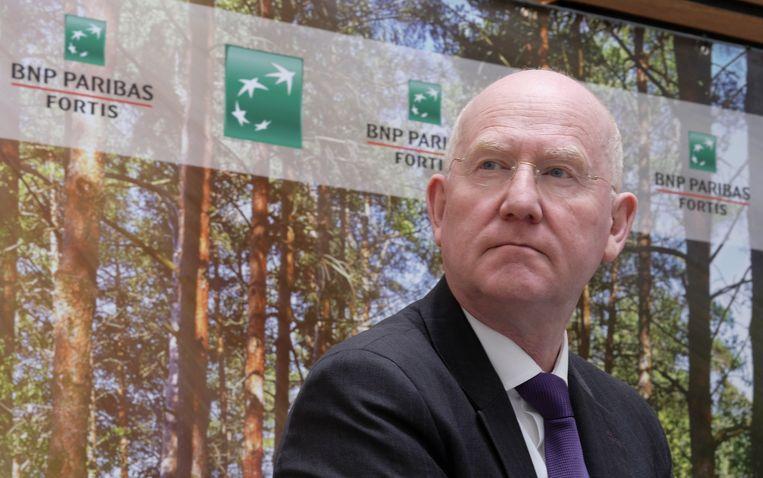 Indien de cao niet zou worden ondertekend, dreigde CEO Max Jadot met 1.000 naakte ontslagen , luidt het bij BBTK.