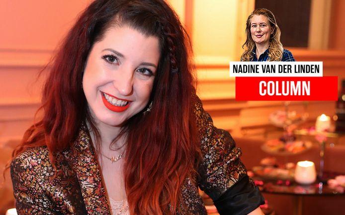 Psychologe Kaat Bollen presenteerde in 2018 een burleske show in sexy outfit. Dat is één van de activiteiten die de psychologencommissie haar kwalijk neemt.
