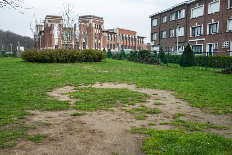 Het pleintje in de Victor De Meyerestraat.