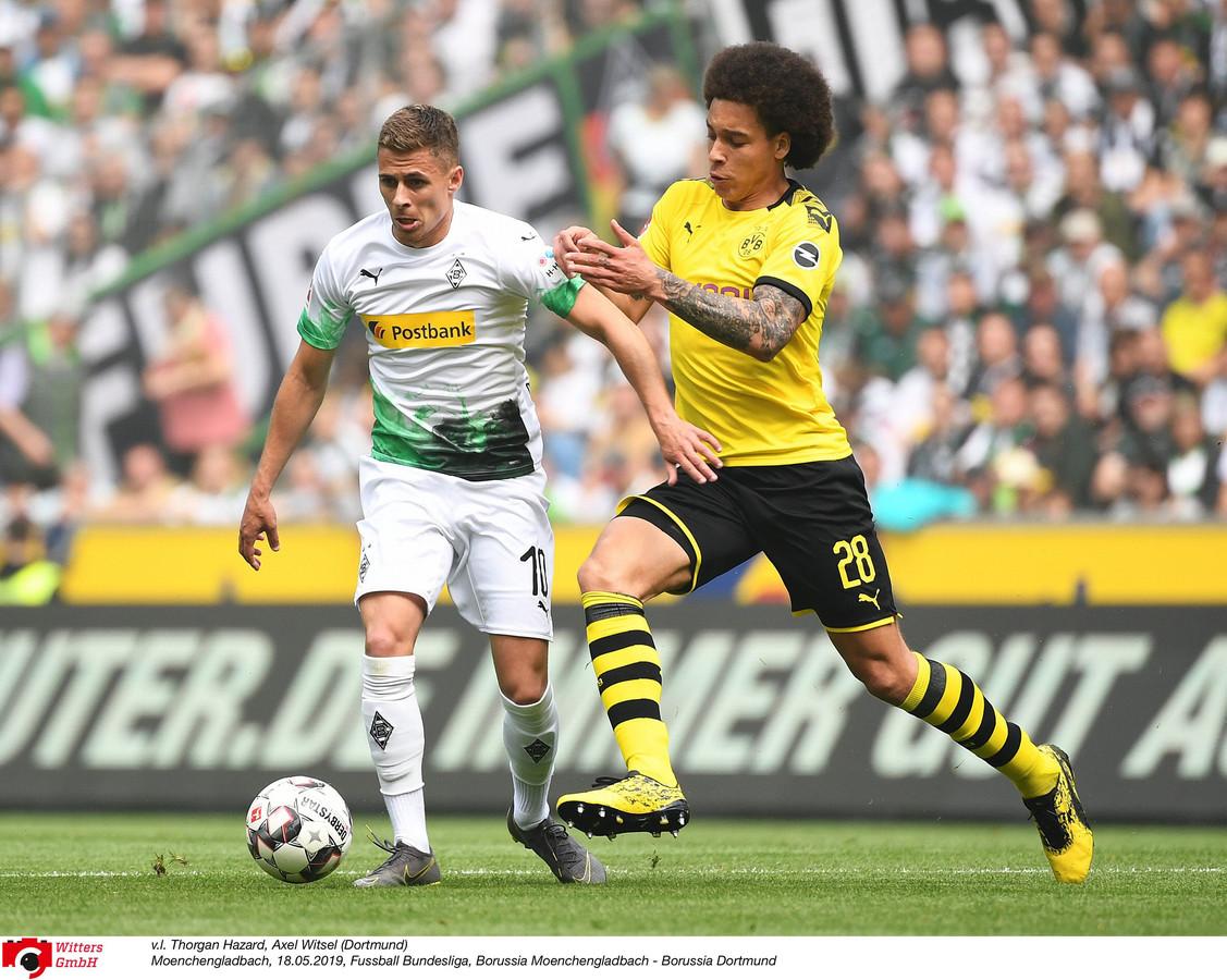 Axel Witsel attend Thorgan Hazard de pied ferme à Dortmund.