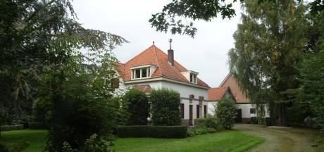 Plannen voor een theeschenkerij bij Villa Leuvenstein in Kesteren
