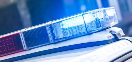Sirene kapot: politie toeterend door Langestraat naar onwelwording