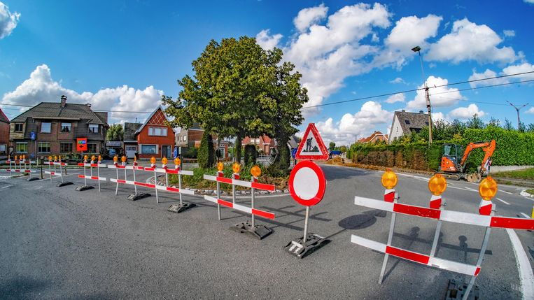 Avelgem  werken op rotonde N353-Balcaenstraat starten