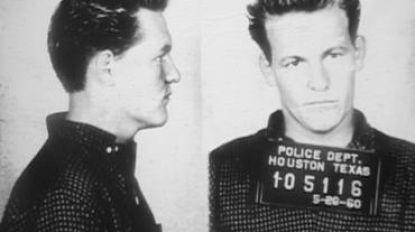 """Psychopaat voor de ene, charmante crimineel voor de andere: vader Woody Harrelson pleegde """"de moord van de eeuw"""""""