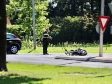 Motorrijder gewond door aanrijding met auto in Rossum
