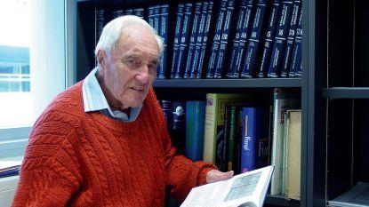 """Befaamde 104-jarige wetenschapper vliegt naar Europa voor euthanasie: """"Ik vind het jammer dat ik zo oud ben geworden"""""""