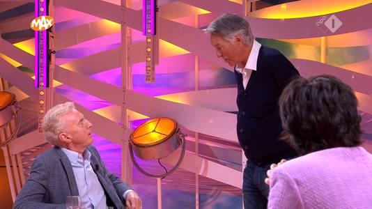 Ron Brandsteder verrast André van Duin.