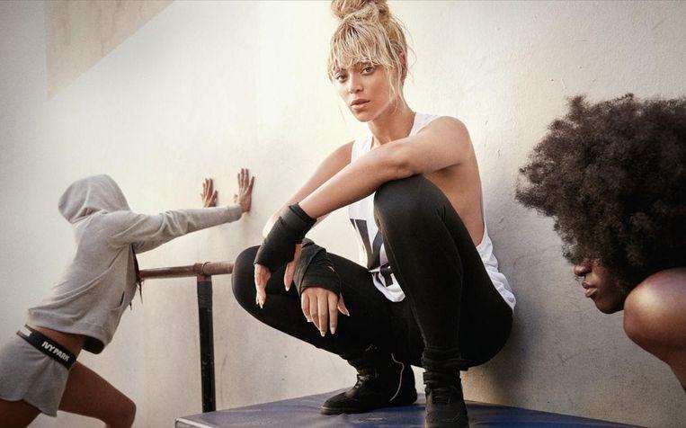 Beyoncé in een campagne van Ivy Park.