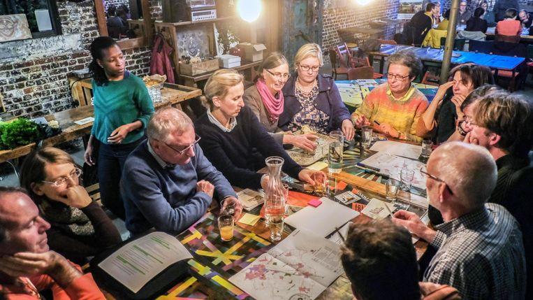 De bezoekers leerden met lokale en seizoensgebonden ingrediënten koken.
